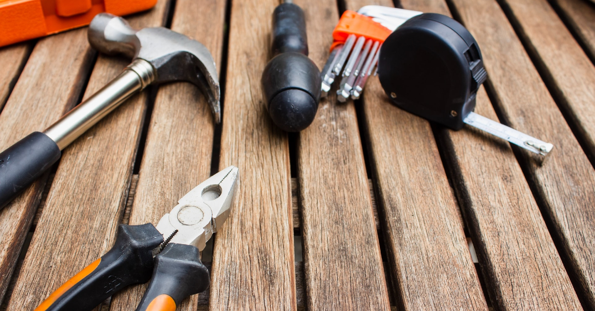 Selection or tools (image from Unsplash)